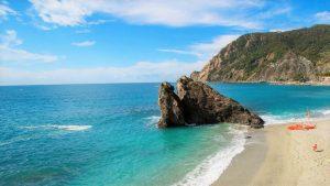 Best-beaches-italy-monterosso