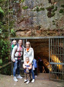 castellana caves puglia italy