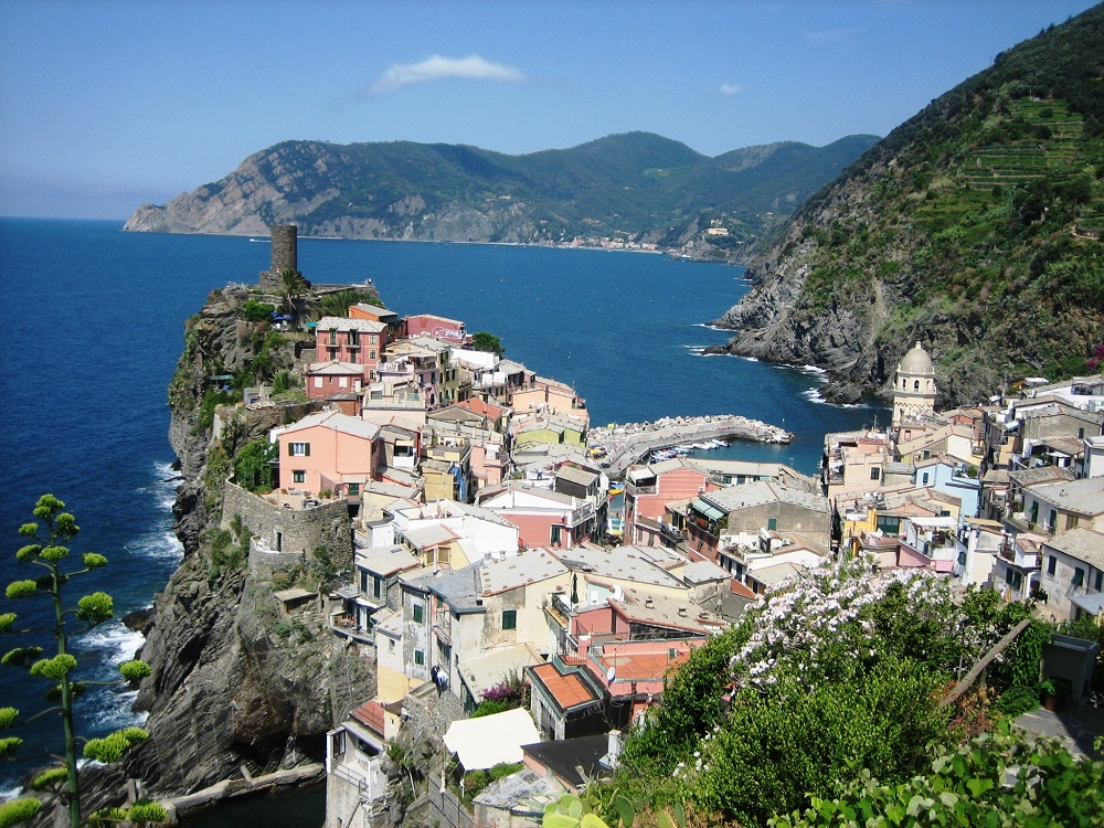 Vernazza Cinque Terre Italy family holiday with kids