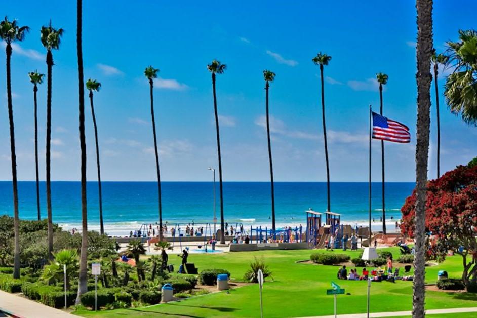 La Jolla Beach - Southern California