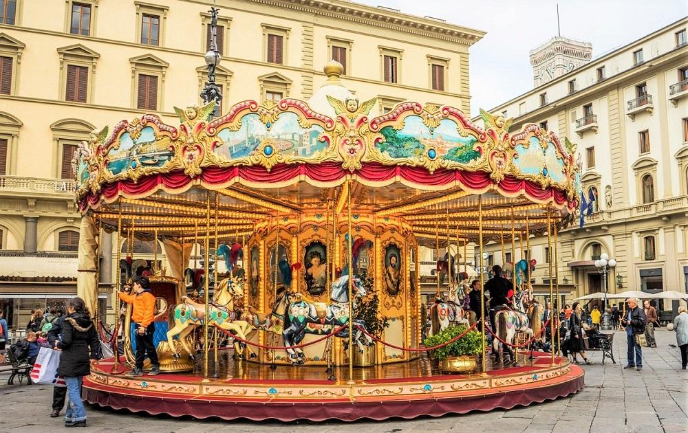carousel piazza della republica florence