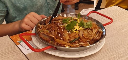 Noodles - Traditional Food in Hong Kong