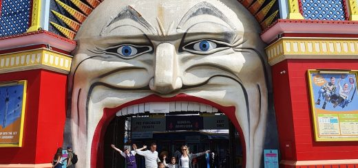 Luna Park Melbourne Entrance