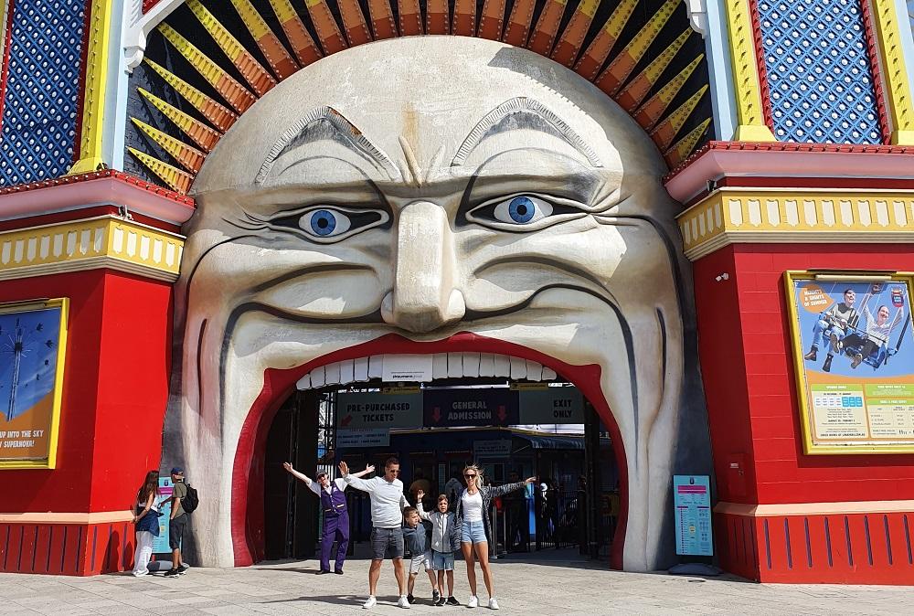 Luna Park Melbourne Entrance