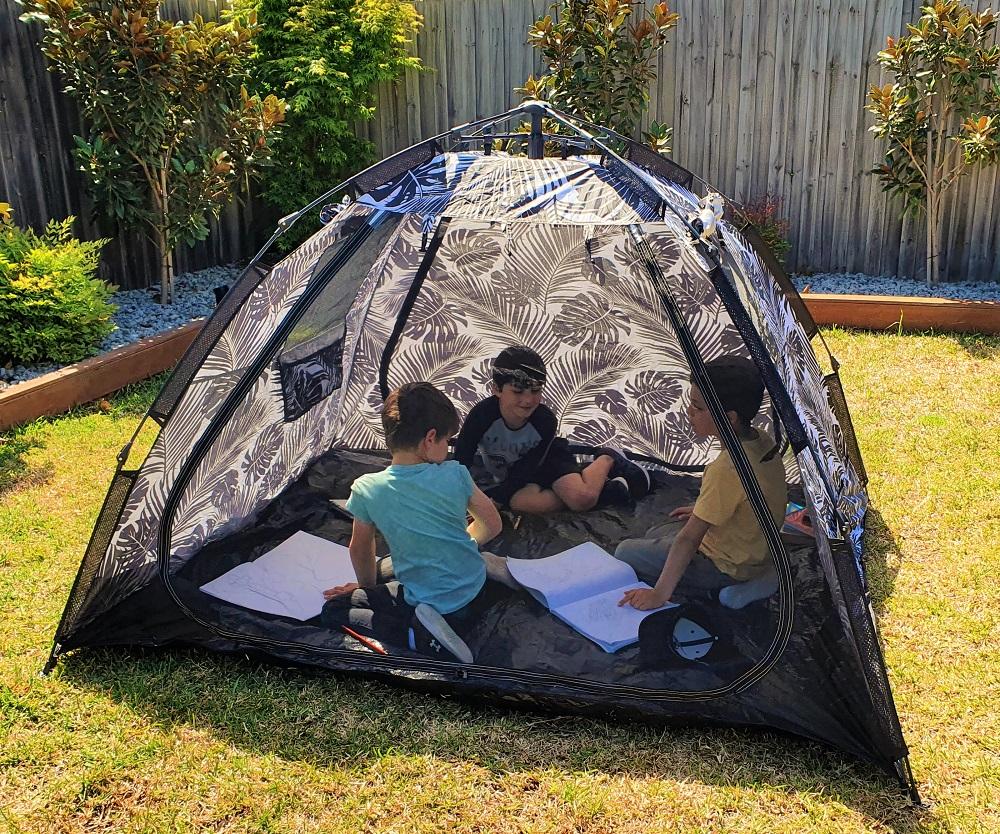 ForSunPlay Beach Tent in Garden