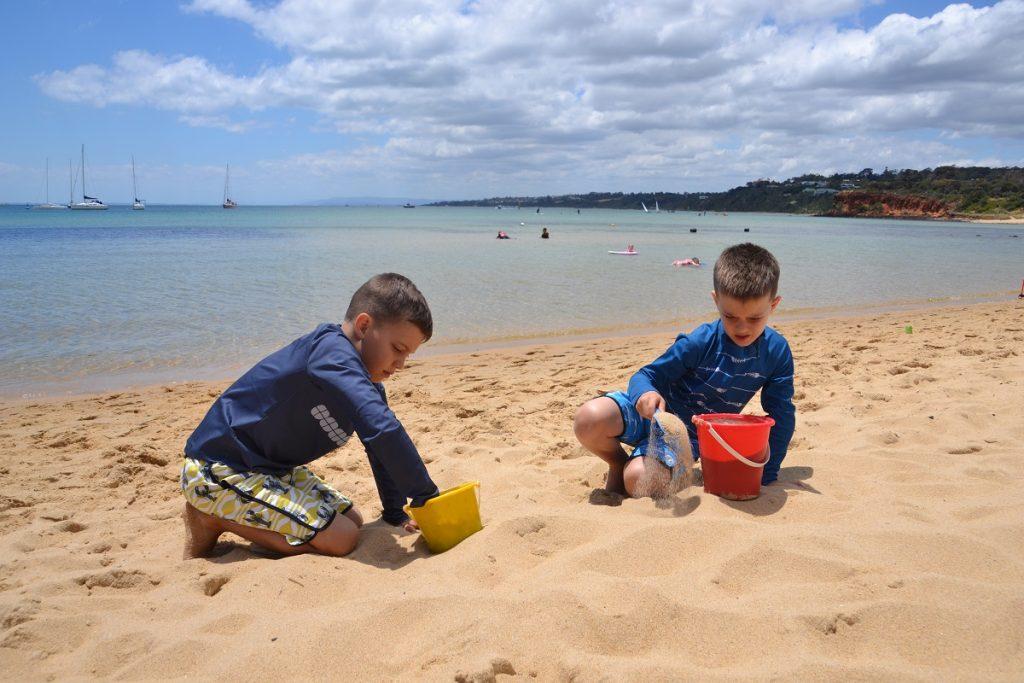 Mornington Beach Play