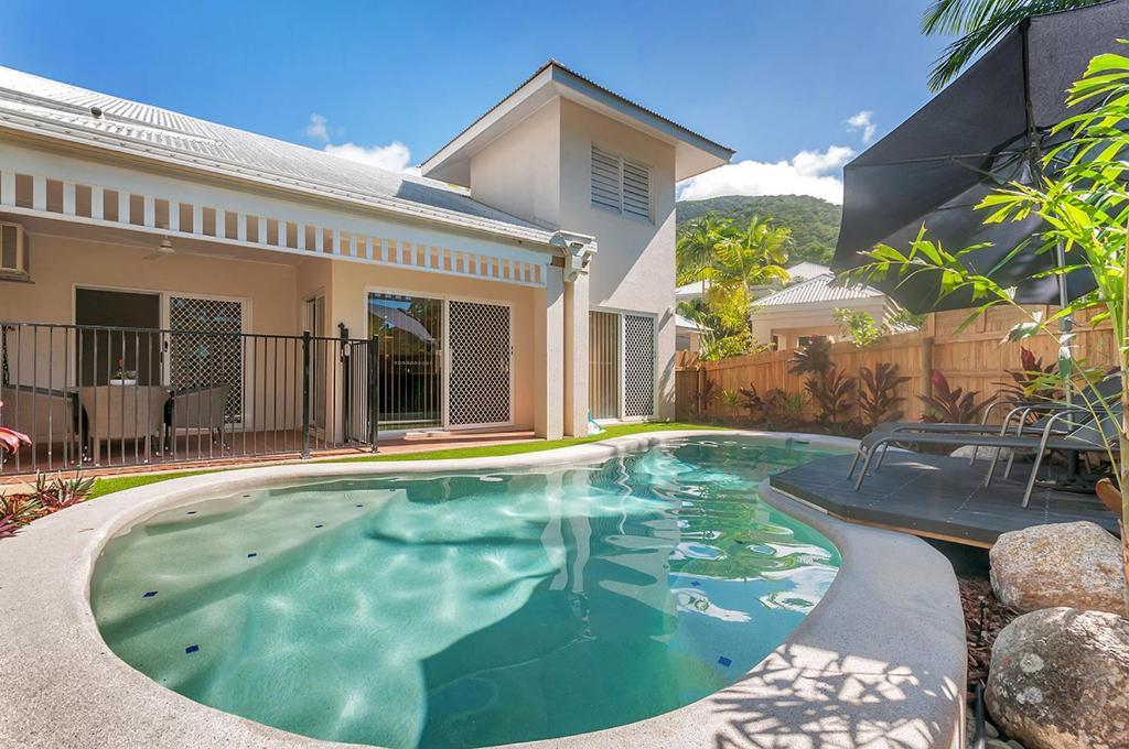 The Villas Palm Cove