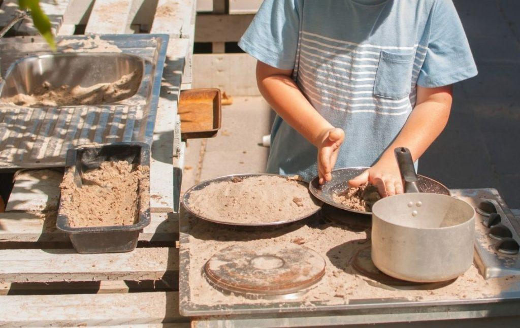 mud kitchen summer kids activities